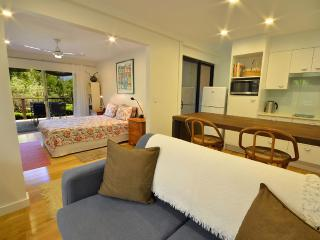 Romantic 1 bedroom Condo in Sunshine Beach - Sunshine Beach vacation rentals