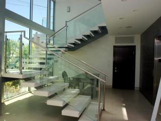 #332 Luxury Huge Hollywood Hills View Estate - Los Angeles vacation rentals