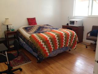 Master Bedroom w/ Separate Entrance & Bath - Hayward vacation rentals