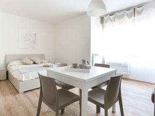 Cozy 1 bedroom Apartment in Favaro Veneto - Favaro Veneto vacation rentals