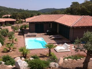 3 bedroom Villa with Internet Access in Figari - Figari vacation rentals