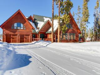 Luxury home and in-law suite w/ awesome mountain views - 4 miles to Winter Park! - Winter Park vacation rentals