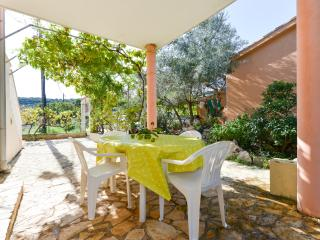 Most Charming Apartment on IŽ 3 - Zadar vacation rentals