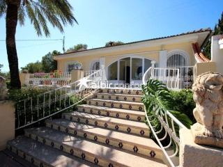Villa Alatxa, private pool sleeps upto 12 people - La Nucia vacation rentals