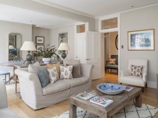 onefinestay - Cheyne Court III apartment - London vacation rentals