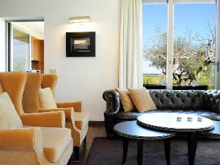 1 Bedroom Villa Lake View PBH 401 - Monte Novo - Montargil vacation rentals