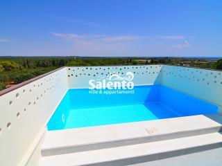 BO029 Appartamento NONNO PAPERO 9 TP con Piscina - Torre Colimena vacation rentals