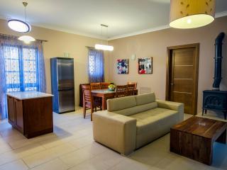 Verementino Duplex - Xaghra vacation rentals