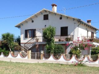 First Floor Apartment in the Abruzzo Countryside - Scerni vacation rentals