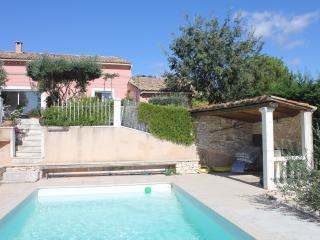3 bedroom Villa with Internet Access in Rochefort du Gard - Rochefort du Gard vacation rentals