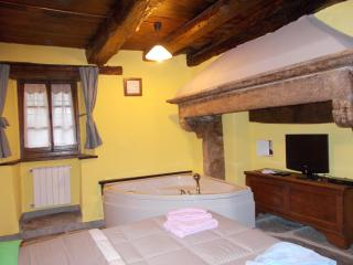 1 bedroom Apartment with Internet Access in Domodossola - Domodossola vacation rentals