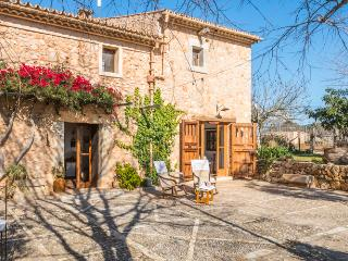 Majorcan house with large gardens and pool - Inca vacation rentals