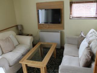 Lovely 2 bedroom Cottage in East Huntspill - East Huntspill vacation rentals