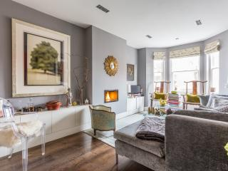 onefinestay - Elm Park Mansions II apartment - London vacation rentals