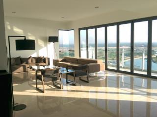Luxurious Puteri Harbour Apartment - Johor Bahru vacation rentals