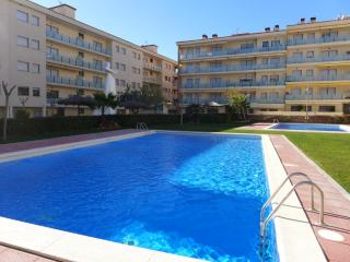 2 bedroom Condo with Shared Outdoor Pool in Lloret de Mar - Lloret de Mar vacation rentals