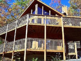 Beautiful, NFL Sunday Channel, WiFi, Free Arcade - Sevierville vacation rentals