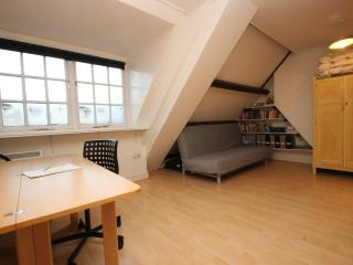 City Centre Studio - Oxford vacation rentals