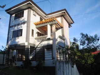 Cheap vacation house in Tagaytay - Tagaytay vacation rentals