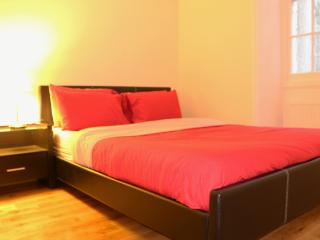 Spacious One Bedroom Flat Located in Marble Arch - London vacation rentals