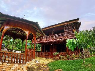 4 bedroom Villa with Internet Access in Padang - Padang vacation rentals
