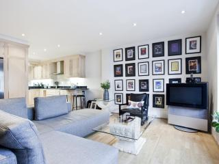 onefinestay - John's Mews apartment - London vacation rentals