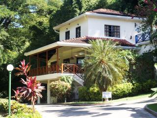 Award Winning Villa On Mt Irvine Golf Course! - Mount Irvine vacation rentals