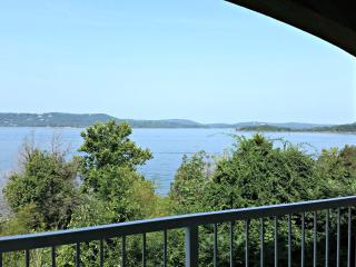 Table Rock Lakefront condo near Branson - Hollister vacation rentals