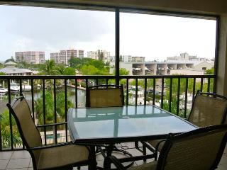 Santa Maria Harbour Resort 400 - Weekly - Fort Myers Beach vacation rentals