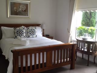 Beautiful 1 bedroom Vacation Rental in Killarney - Killarney vacation rentals