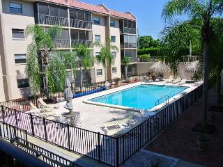 Lovely 2 bedroom Condo in Bonita Springs - Bonita Springs vacation rentals