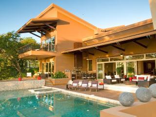 Dual Masters, two pools, hot tub, concierge - Gulf of Papagayo vacation rentals