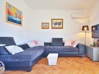 Apartman Čulić - Podstrana vacation rentals