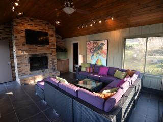Romantic Over Water Cottage - Hot Springs vacation rentals