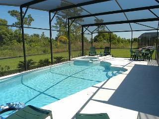 5BR Pool Home - 2 En-Suites, Free SPA Heat, WiFi- Near Disney - Orlando vacation rentals