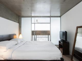 onefinestay - Union Wharf III private home - London vacation rentals