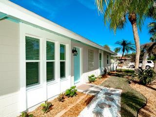 Aqua Maria - Holmes Beach vacation rentals