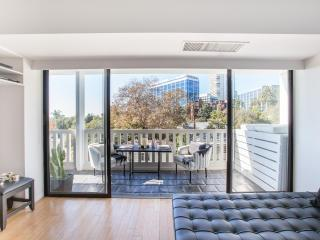 One Fine Stay - Doheny Drive - Los Angeles vacation rentals