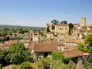 Ancient renovated hilltop guardhouse,  Town Centre - Puy-l Eveque vacation rentals