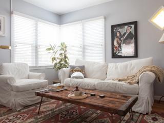 Romantic 1 bedroom Venice Beach House with Internet Access - Venice Beach vacation rentals
