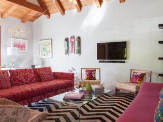 onefinestay - South Larchmont Boulevard - Los Angeles vacation rentals