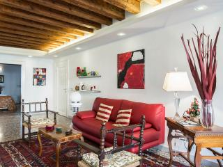 Cà dell'Ambasciatore Four Bedroom - Huge Terrace - Venice vacation rentals