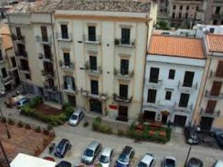 quartiere piazza sant'onofrio - CASA VACANZA - Mondello vacation rentals