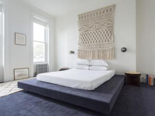 One Fine Stay - Hoyt Townhouse apartment - New York City vacation rentals