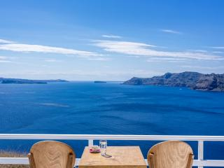 Infinity Blue Villa, sea view and oudoor jacuzzi - Oia vacation rentals
