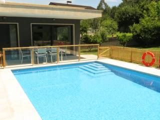 A Casa Nova Moderna vivienda turística en el Rural - Pontevedra vacation rentals