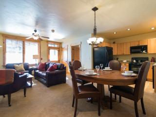6116 Bear Lodge, Trappeurs - World vacation rentals