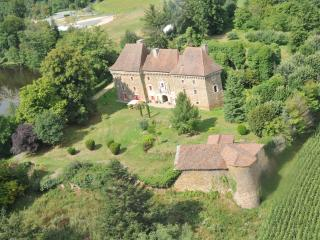 Chateau de Frugie - Bed and breakfast - La Coquille vacation rentals