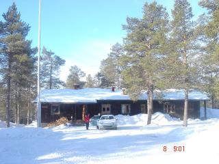 Stenan Majat / Guest Lodge, Äkäslompolo, Finland - Kolari vacation rentals