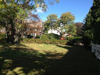 Jamestown Shoreby Hill/ Village - Jamestown vacation rentals